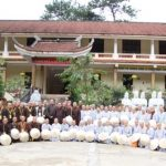 Tăng Ni sinh ở Huế thực địa tìm hiểu Phật giáo phía Bắc