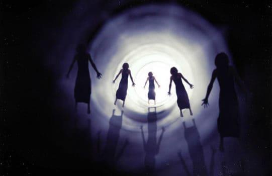 trải nghiệm cận tử là hiện tượng bí ẩn xảy ra khi một người sắp chết