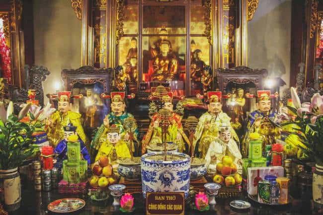bàn thờ tứ phủ trong tín ngưỡng đạo mẫu ở việt nam