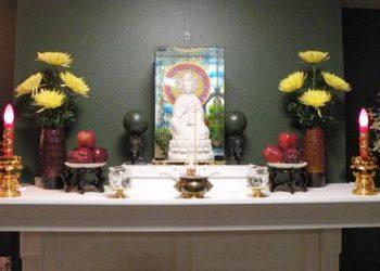 những điều cần lưu ý khi lập bàn thờ Phật tại gia