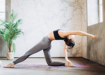 8 tư thế yoga giúp bạn kiểm soát căng thẳng